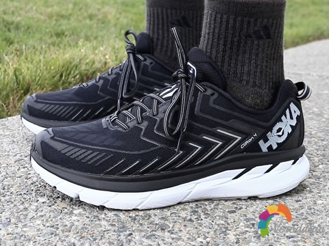号称最强慢跑鞋HOKA ONE ONE Clifton 4性能测评