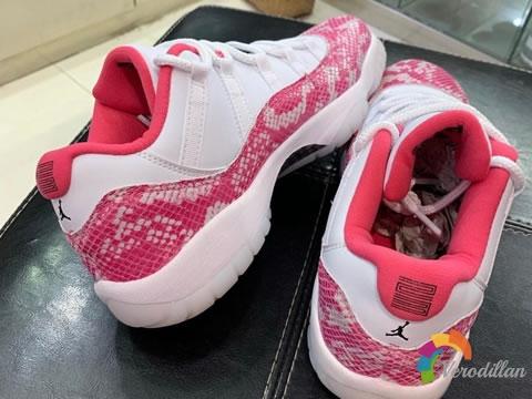 女生专属:Air Jordan 11粉蛇谍照曝光图2
