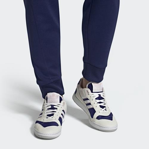 阿迪达斯EF1628 A.R.TRAINER男女运动鞋图6
