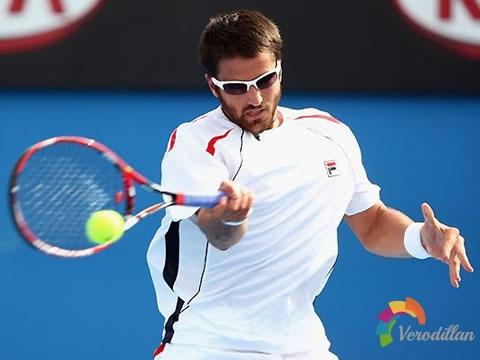打网球时如何增加球速
