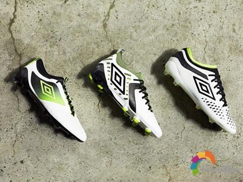 为迎接新赛季Umbro推出Acid Lime足球鞋套装
