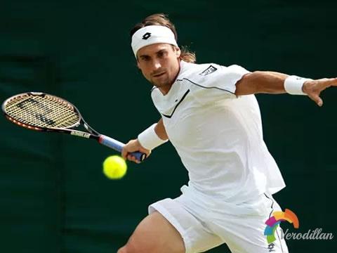 拥有良好的协调性,才能打好网球