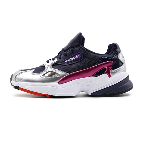 阿迪达斯CG6213 FALCON W女子运动鞋图1高清图片