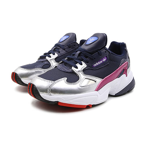 阿迪达斯CG6213 FALCON W女子运动鞋图5高清图片