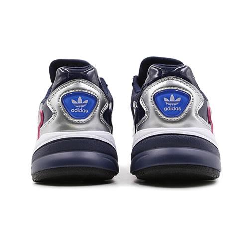 阿迪达斯CG6213 FALCON W女子运动鞋图3高清图片