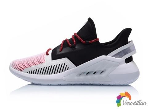 乐享型走之趣:李宁AGLP057轻质运动鞋