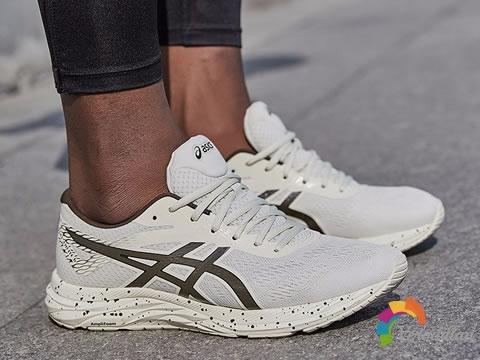 ASICS GEL-EXCITE 6高性能跑鞋,兼具时尚与舒适图1