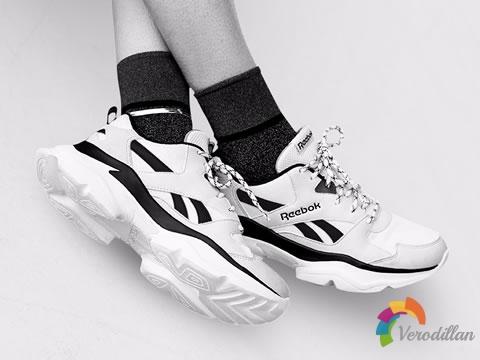 颜值超高:锐步BRIDGE 3复古老爹鞋
