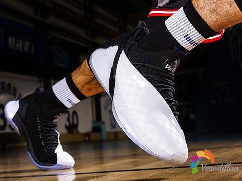 匹克帕克7篮球鞋,搭载态极自适应科技图1