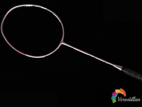 [球拍近赏]尤尼克斯推出DUORA6(双刃6)羽拍