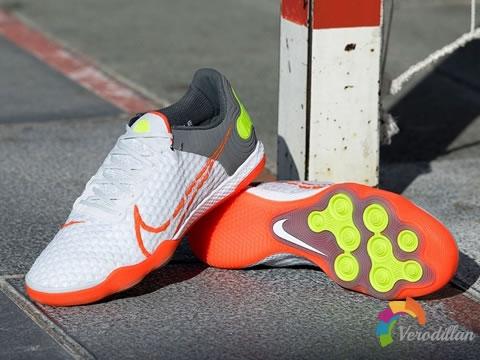 耐克推出全新React Gato IC小场五人制足球鞋