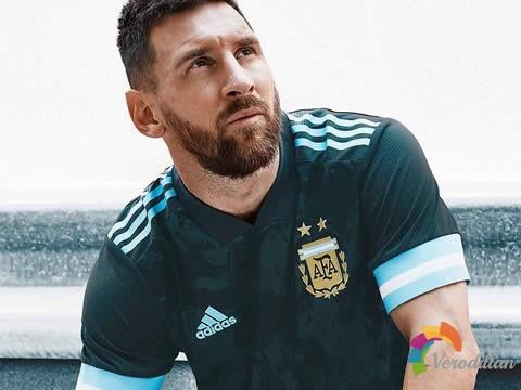 为荣誉拼尽全力:阿根廷国家队2020年客场球衣