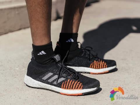 阿迪达斯新款PulseBOOST HD街头跑鞋,挑战多变收获并存