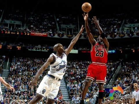 篮球跳投发力技巧及训练方法