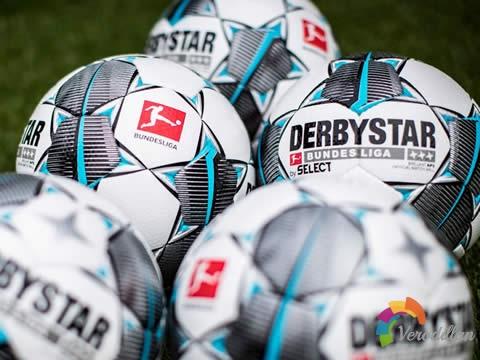 德甲联赛2019/20赛季官方比赛球,延续经典黑白设计