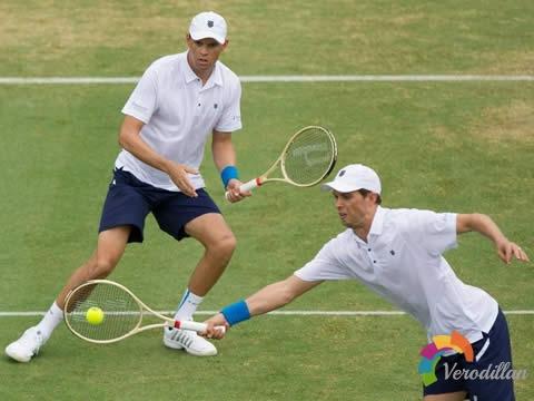 网球双打的接发球技巧及实战要求