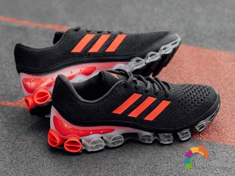 复古还是情怀:阿迪达斯MicroBOUNCE系列跑鞋强力回归