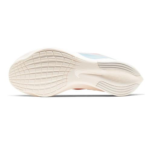 耐克CJ0404 ZOOM FLY 3 PRM女子跑步鞋图5高清图片