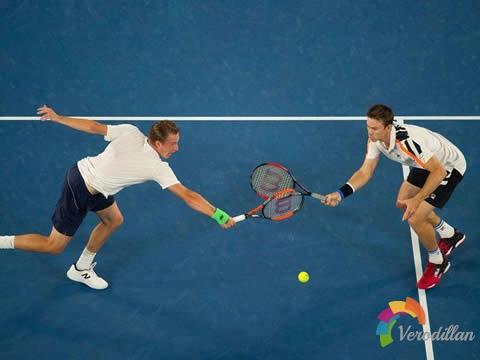 盘点网球双打前五必杀招数图2
