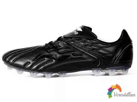 有料有型:李宁铁系列足球鞋