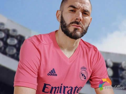 渴望胜利:皇家马德里2020/21赛季主客场球衣