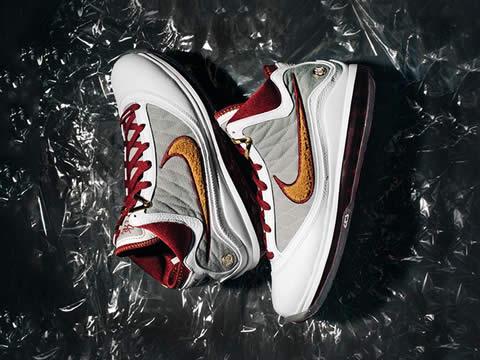 耐克Lebron(勒布朗)系列篮球鞋型号价格(最新版)