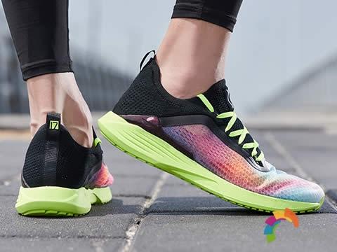 [设计解析]李宁超轻17跑步鞋,灵感源自椽图2