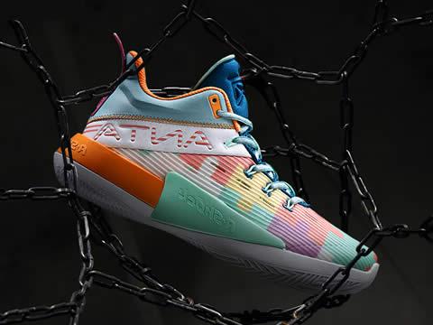 安踏KT(汤普森)系列篮球鞋型号报价(最新版)
