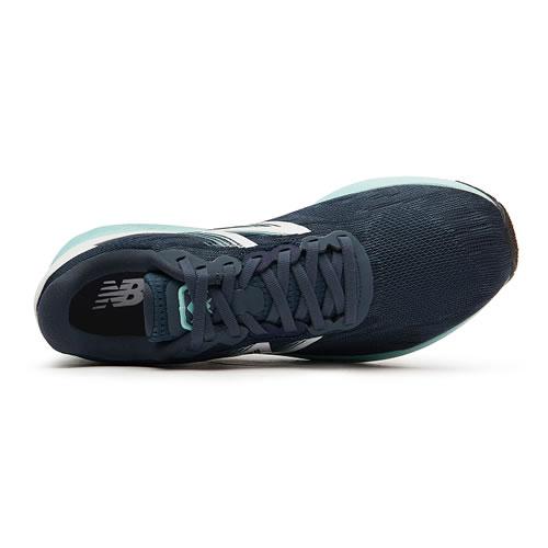 新百伦MHANZUI3男子跑步鞋图3高清图片