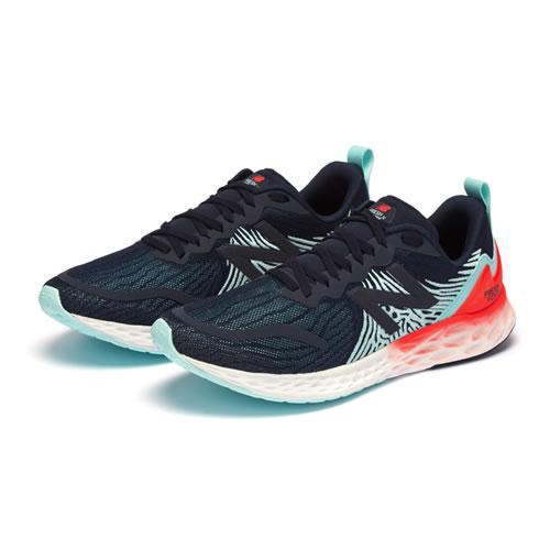 新百伦MTMPONB男子跑步鞋图5高清图片