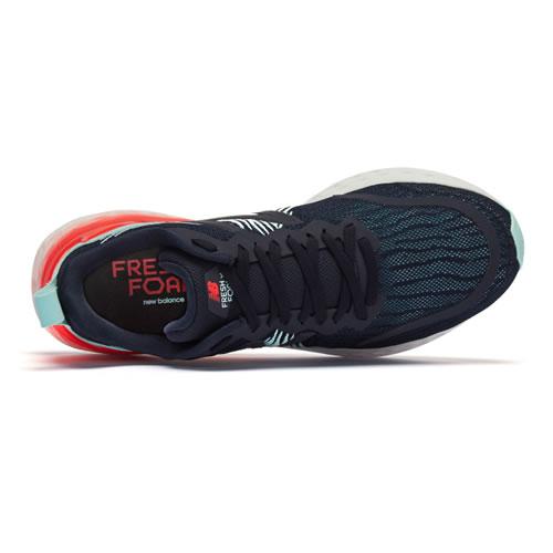 新百伦MTMPONB男子跑步鞋图3高清图片