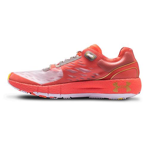 安德玛3023227 HOVR Machina Kazoku男子跑步鞋