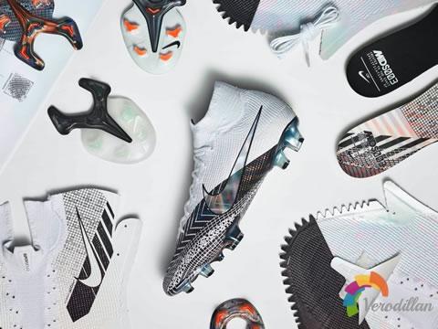 耐克Mercurial Dream Speed 3足球鞋,以球场速度为灵感