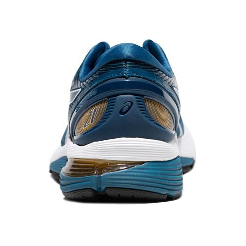 亚瑟士1011A169 GEL-NIMBUS 21男子跑步鞋图2高清图片