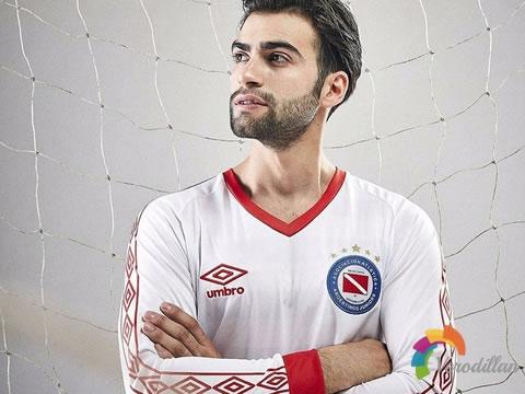 [球衣近赏]阿根廷青年人南美解放者杯夺冠35周年纪念球衣