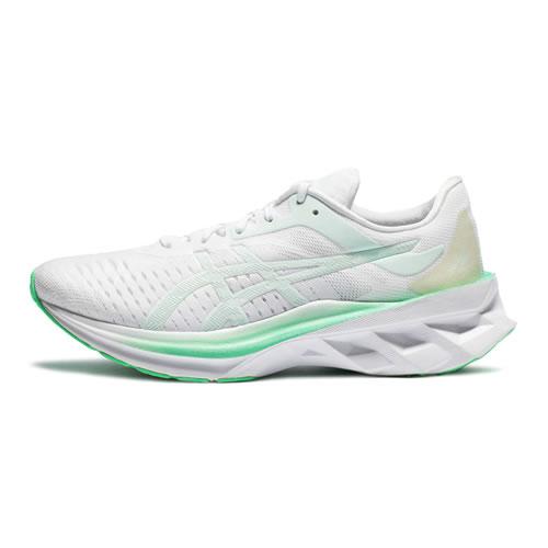 亚瑟士1012A661 NOVABLAST女子跑步鞋