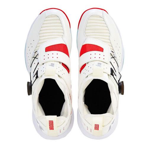 川崎穿越男女羽毛球鞋图2高清图片