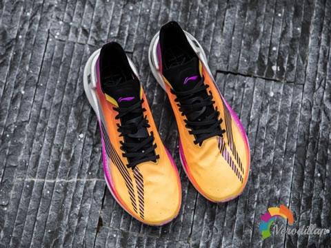 不止于颜值:李宁绝影跑鞋脚感实测