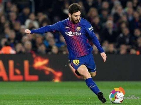 踢出完美外脚背弧线球有哪些技术要点[足球技术]