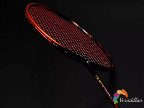 尤尼克斯五大系列高端羽毛球拍推荐