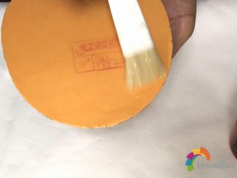 乒乓球套胶灌胶和灌油有什么区别及详细步骤图1