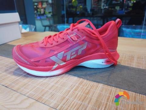 特步竞速160X跑鞋脚感怎么样,有什么优缺点