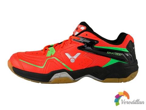 [试穿测评]胜利SH-P7800羽毛球鞋脚感怎么样
