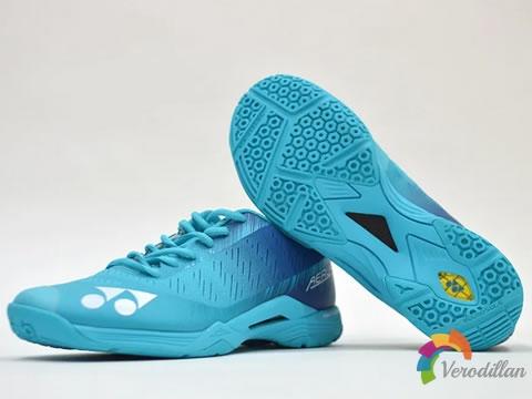 [开箱]尤尼克斯AERUS Z羽毛球鞋怎么样,值得入手么