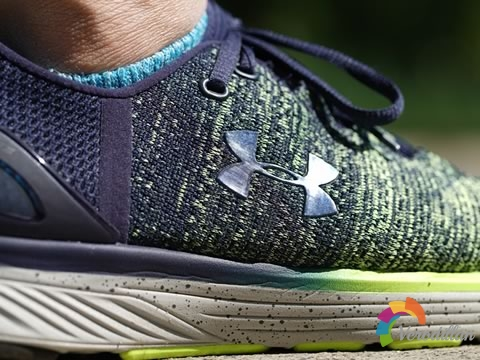 脚感出色:Under Armour Charged Bandit 3上脚测评