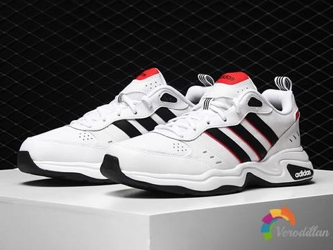 颜值与性能双在线:ADIDAS STRUTTER系列跑步鞋