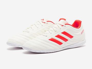顶级tf足球鞋型号价格(全部配色)