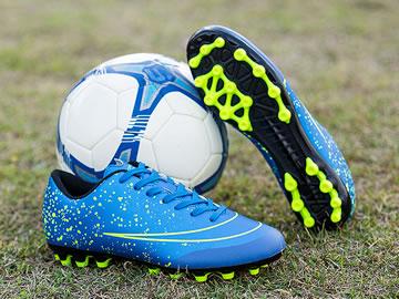 便宜实惠的足球鞋型号价格(全部配色)