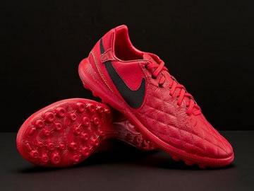 适合购买的足球鞋型号价格(全部配色)